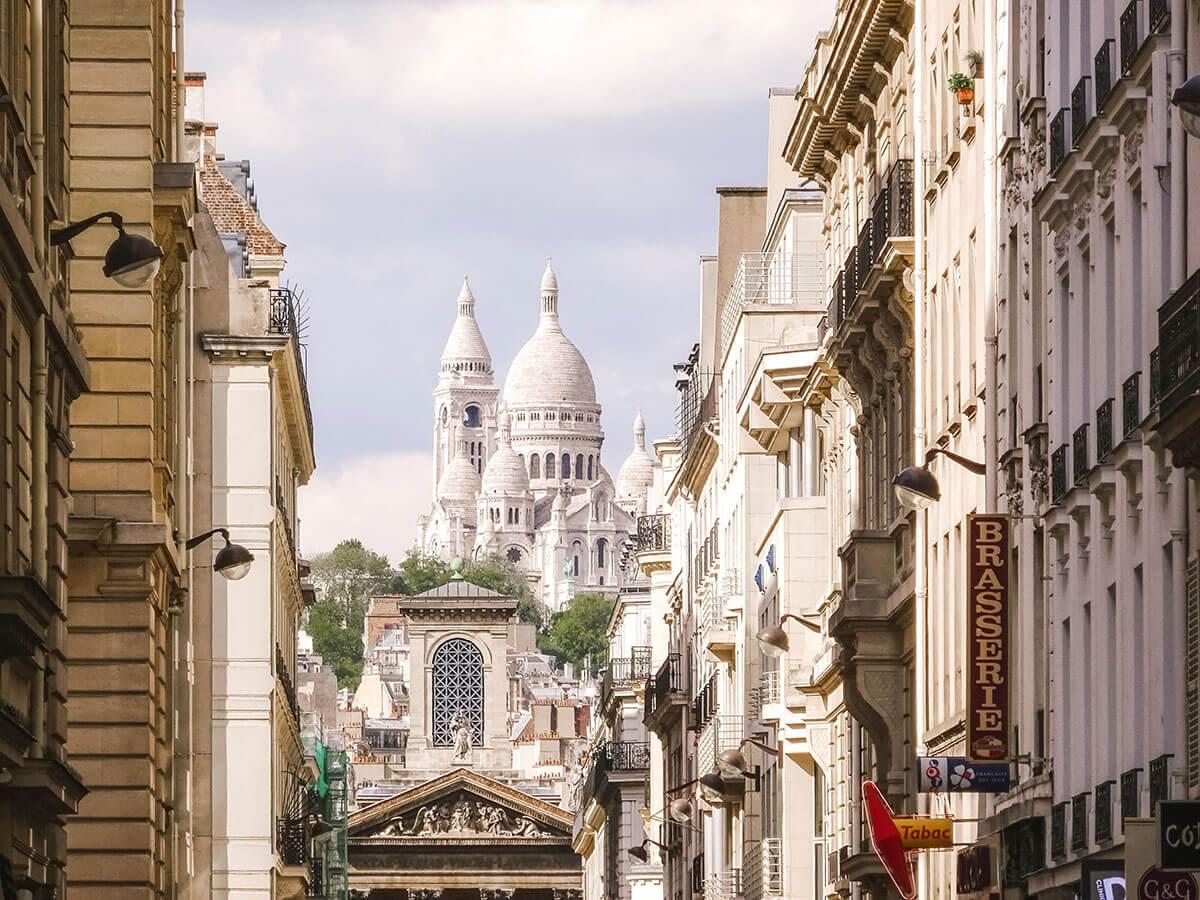 Montmartre: Guia perfeito para um dia no bairro mais charmoso de Paris