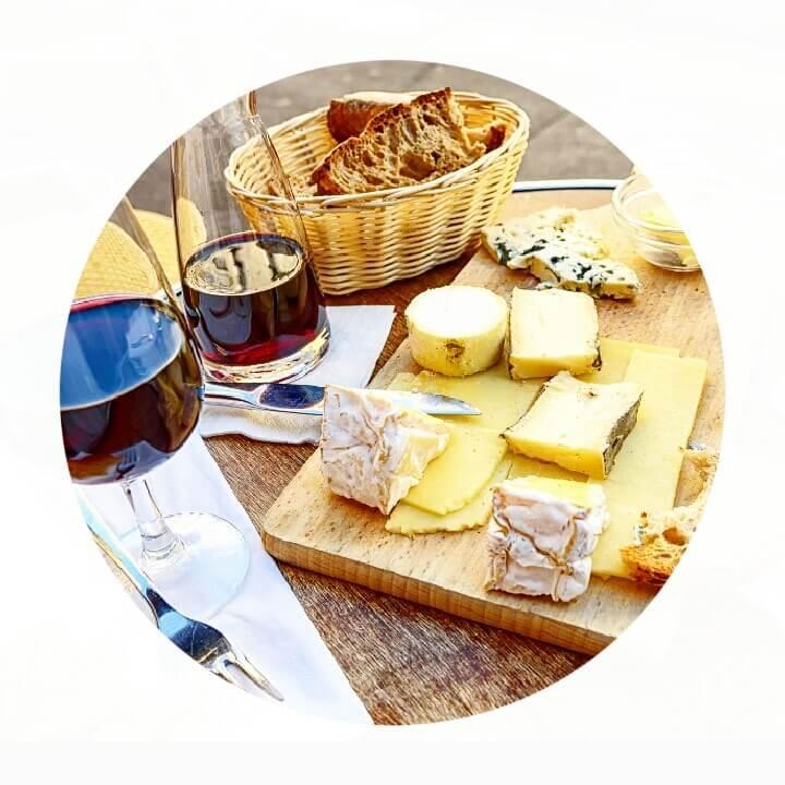 gastronomia-francesa-quejos-vinhos