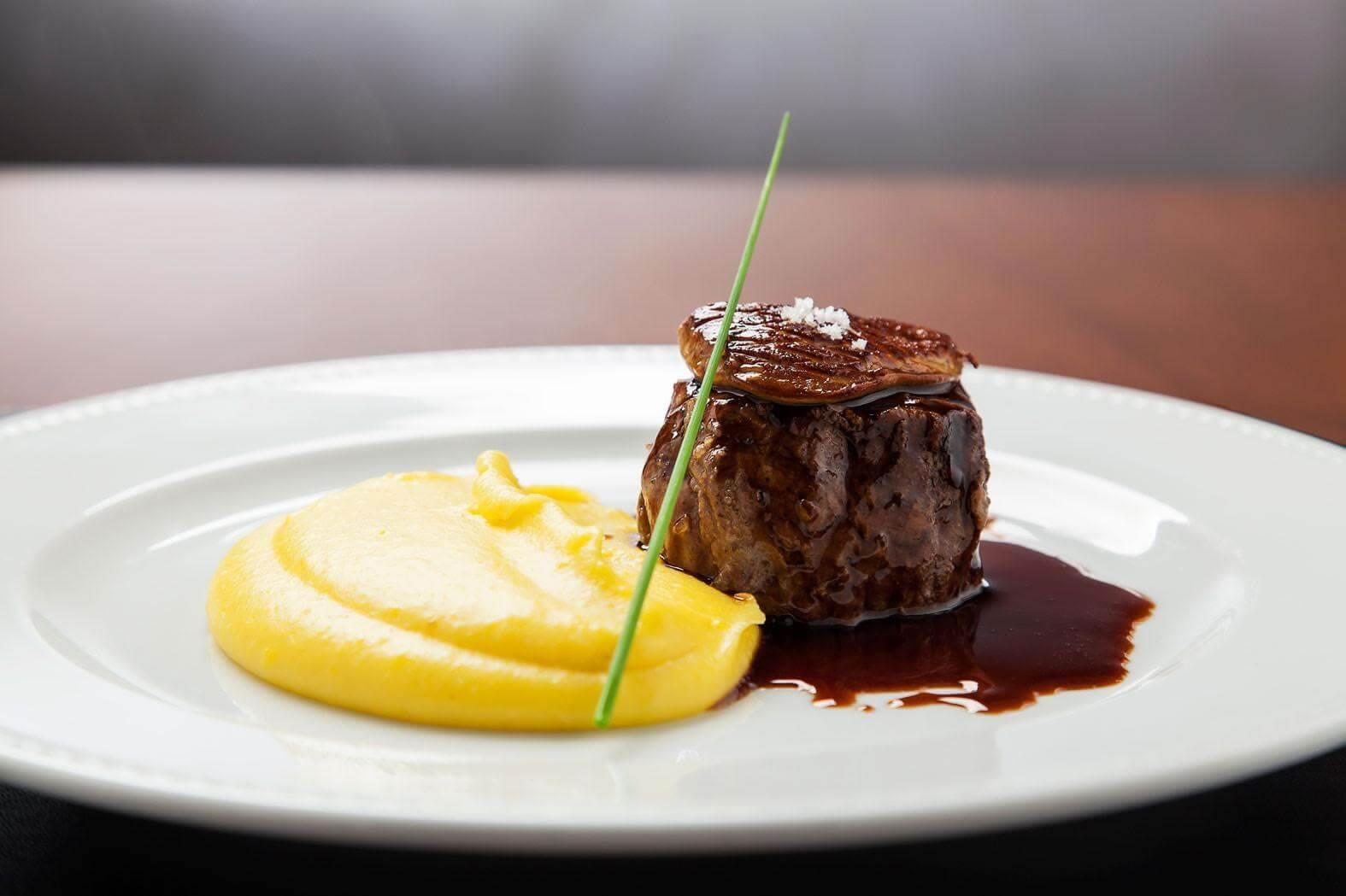 10 pratos da gastronomia francesa que você precisa experimentar