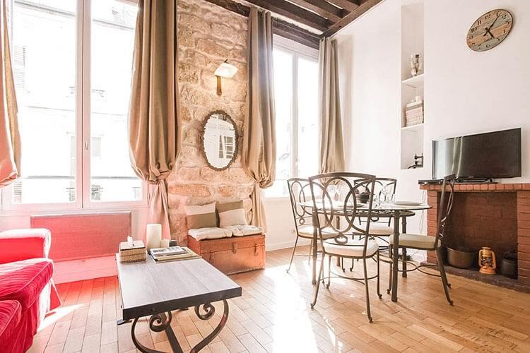 ruerosiers_airbnb-paris