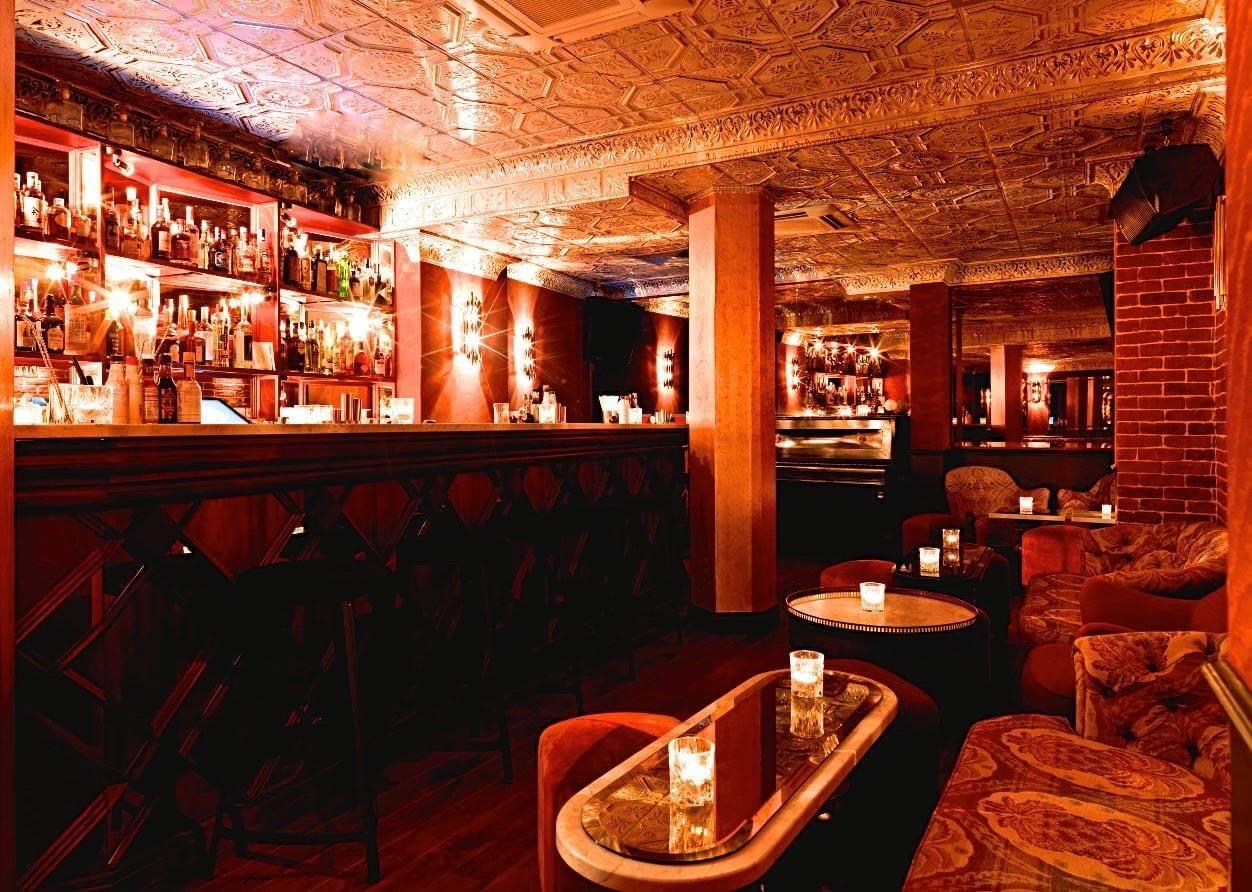Já ouviu falar dos bares secretos em Paris? Descubra aqui!