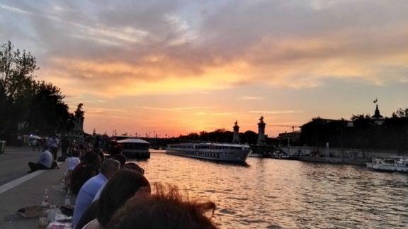 clima-em-paris-verao-sunset