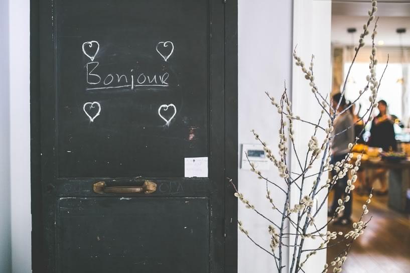 Vocabulário de francês essencial para não fazer feio em Paris