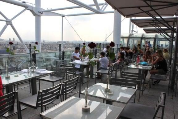 bares-em-paris-rooftop-georges