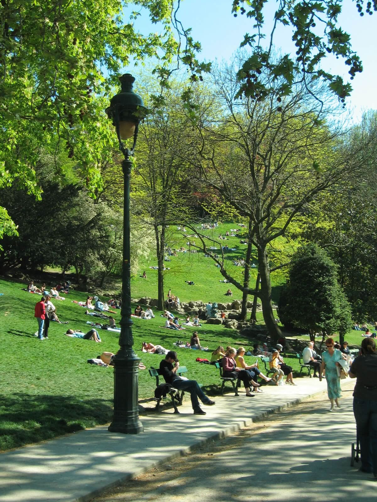 piquenique-paris-buttes_chaumont