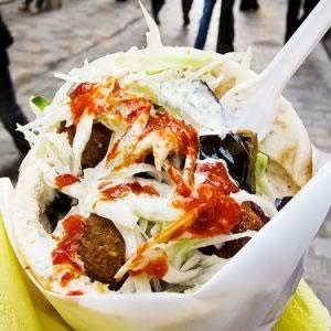 street-food-paris-falafel