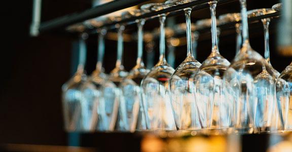 wine-bar-em-paris