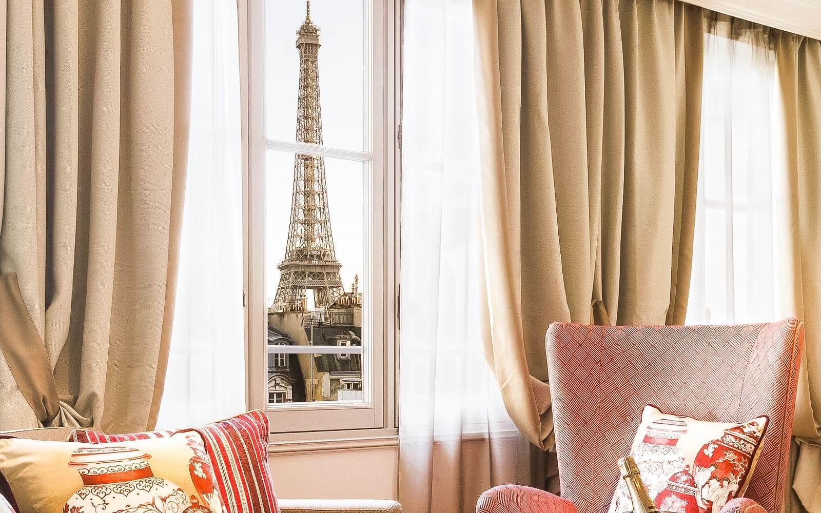 Seleção de hotéis em Paris com vista para Torre Eiffel
