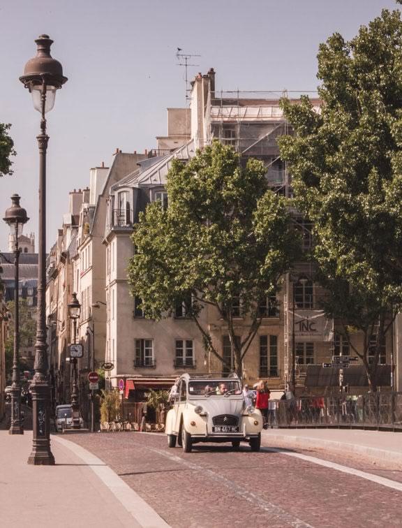 passeio-paris-carro-antigo