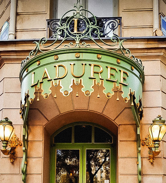 cha-da-tarde-laduree-paris