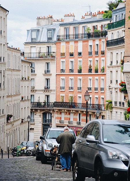 como-e-o-bairro-montmartre-em-paris